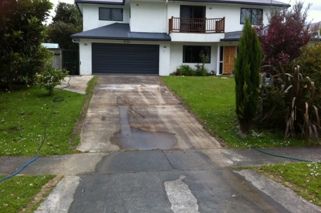 Chemical Cleaning Driveway (Before)